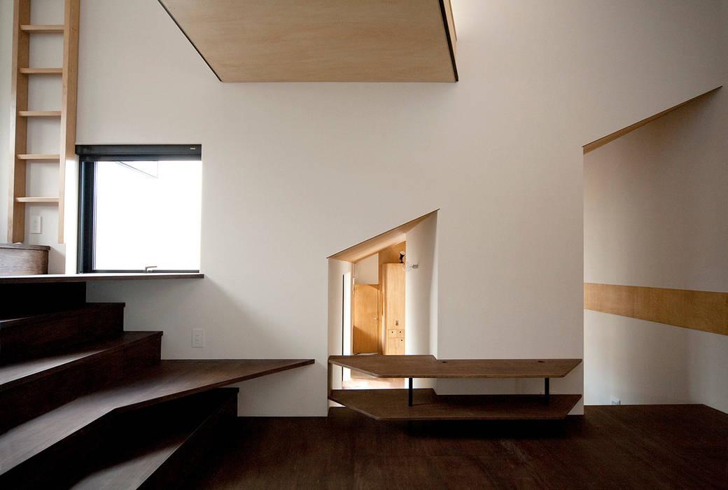 Modern Houses by 株式会社POINT Modern