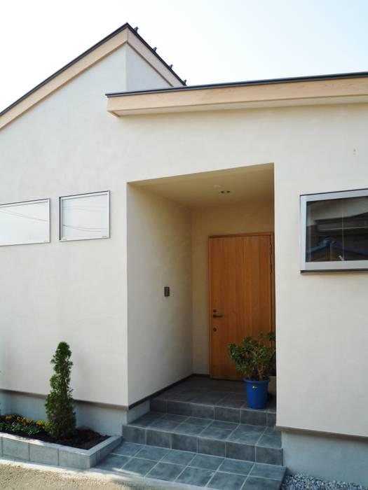 エントランス 日本家屋・アジアの家 の 石井設計事務所/Ishii Design Office 和風