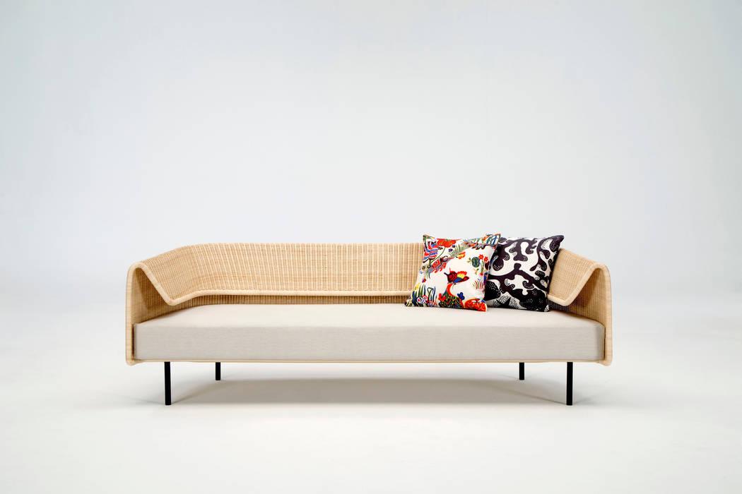 modern  oleh Hiroomi Tahara, Modern