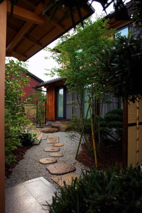 モダンでフォーマルな和の庭 2013~ オリジナルな 庭 の にわいろSTYLE オリジナル