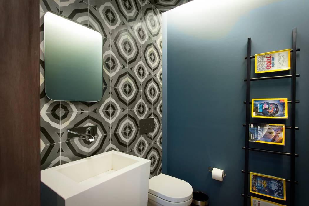 Baños modernos de Concepto Taller de Arquitectura Moderno