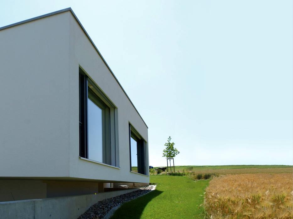 Casas de estilo moderno de 5 Architekten AG Moderno