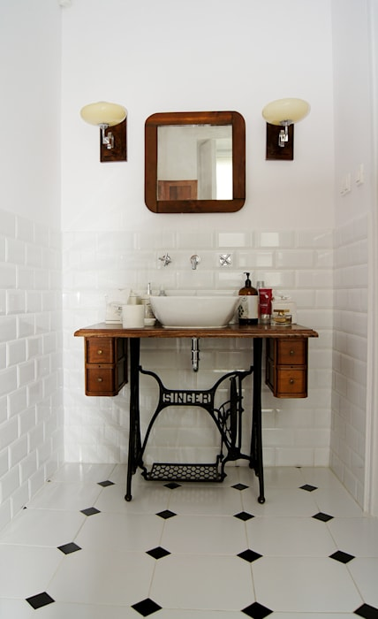 Scandinavian style bathroom by ZAZA studio Scandinavian