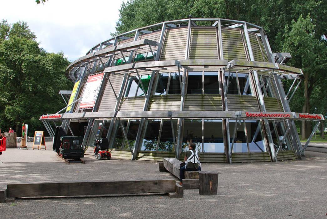 Diseño de ferias de estilo moderno de NAPSTUDIO Moderno