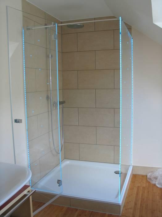 Ganzglas duschabtrennung mit led-beleuchtung moderne ...