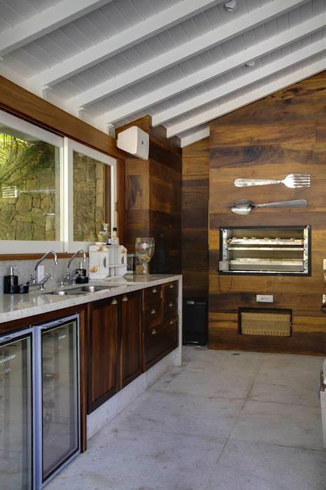 Cuisine rurale par Raquel Junqueira Arquitetura Rural