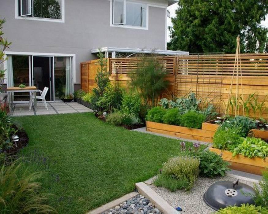Piccoli giardini realizzati in città. small garden in the city Giardino classico di Dotto Francesco consulting Green Classico