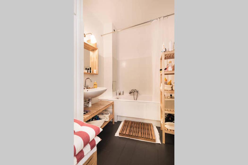 Décoration d'intérieur - Appartement de C & L: Salle de bains de style  par Ektor studio