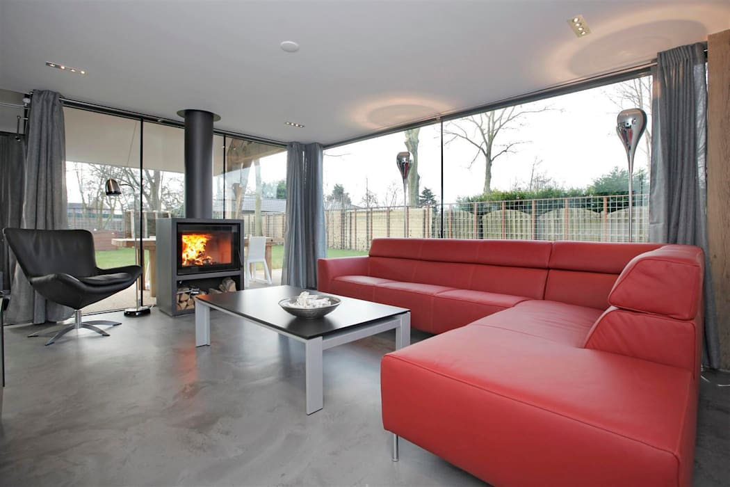 Modern living room by Bongers Architecten Modern