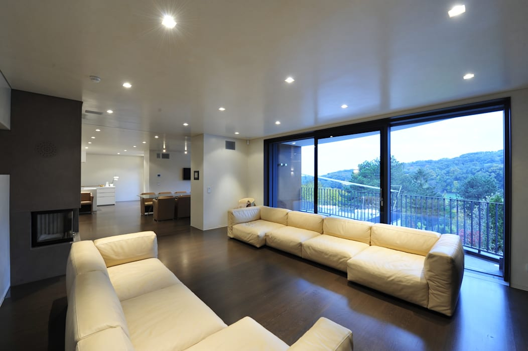 Living room by zone architekten,