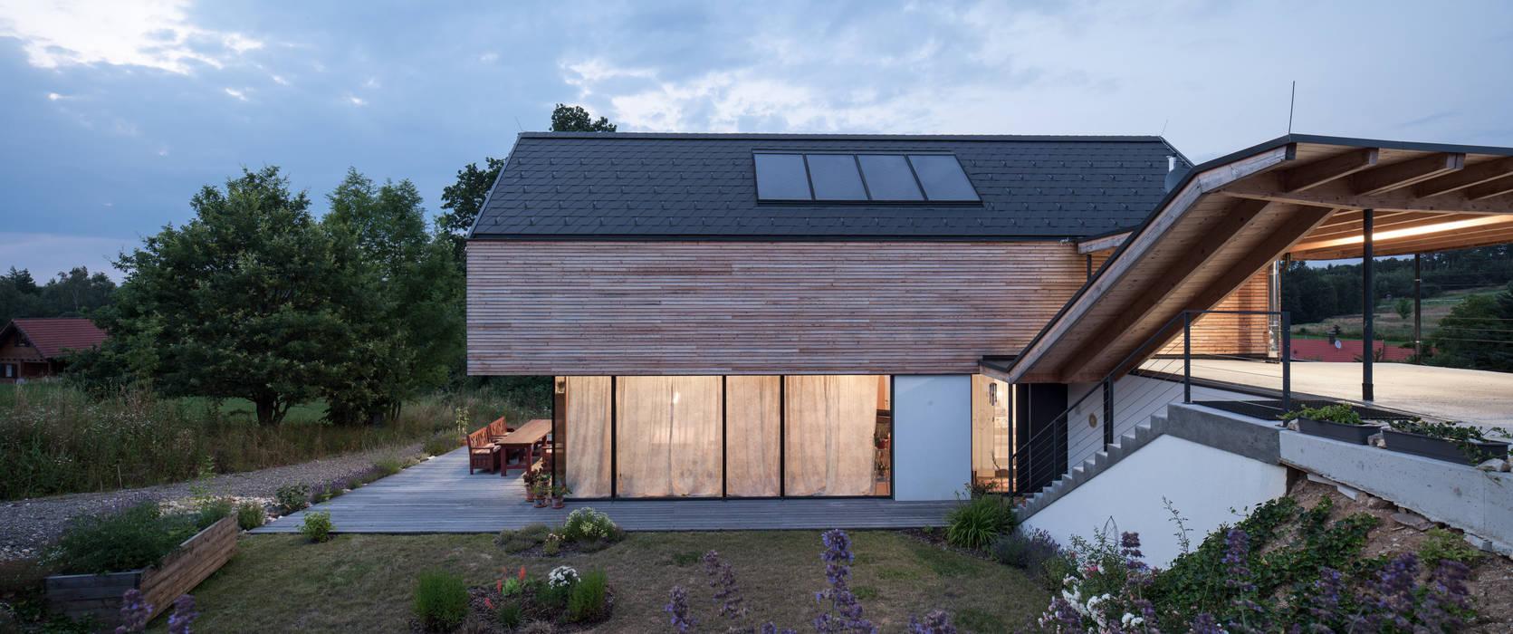 GOL 2 - Einfamilienhaus Moderne Häuser von g.o.y.a. Architekten Modern