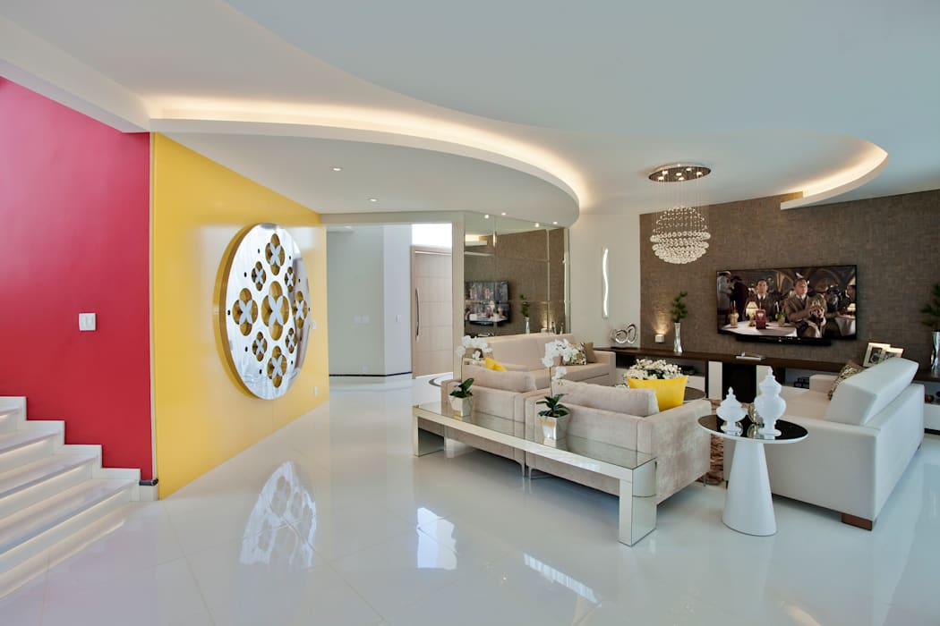 غرفة المعيشة تنفيذ Designer de Interiores e Paisagista Iara Kílaris,