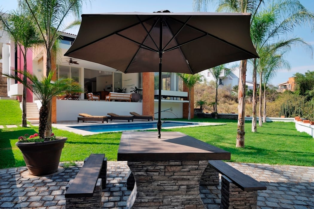 Balkon, Beranda & Teras Modern Oleh Excelencia en Diseño Modern