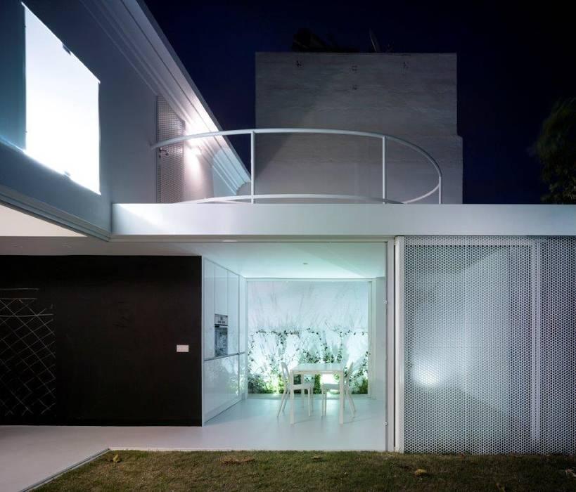 Casas de estilo por kawneer espa a minimalista homify - Casas minimalistas en espana ...