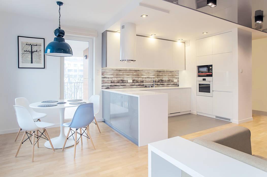 Cocinas de estilo escandinavo de DK architektura wnętrz Escandinavo