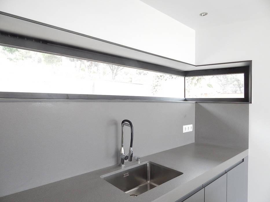 Hoekraam in de keuken Moderne keukens van Hamers Arquitectura Modern