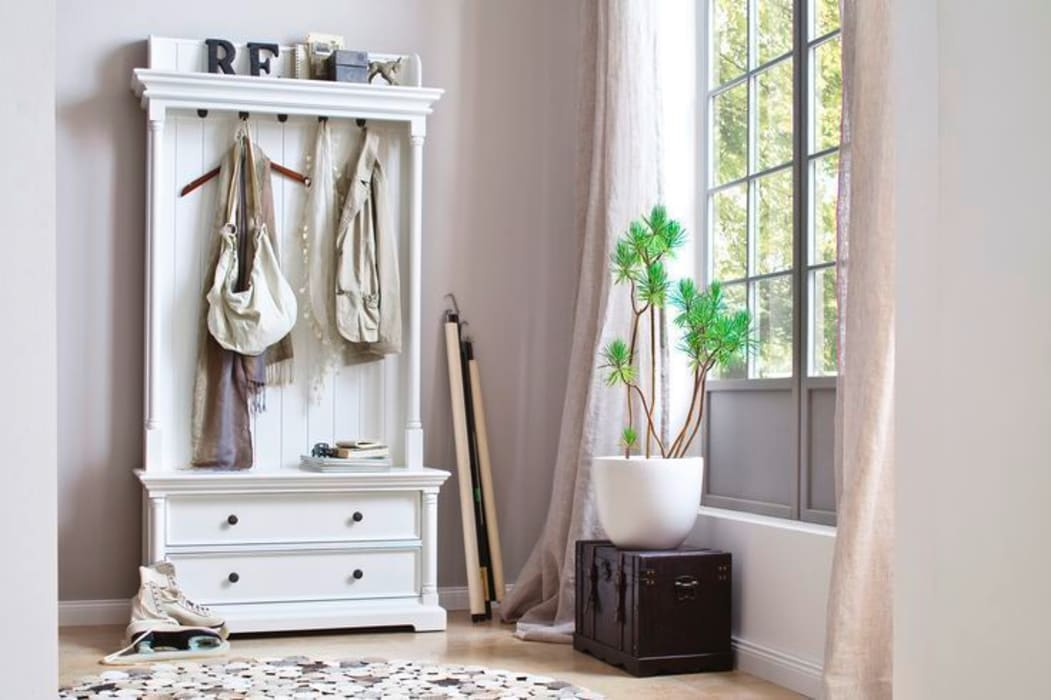 Biała garderoba w klimacie skandynawskim Halifax Skandynawska garderoba od Seart Skandynawski