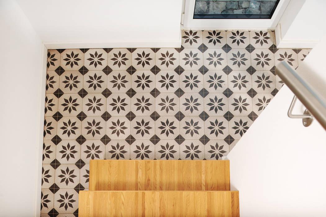 Fliesen, mosaik: küche von baugeschäft heckelsmüller,modern ...