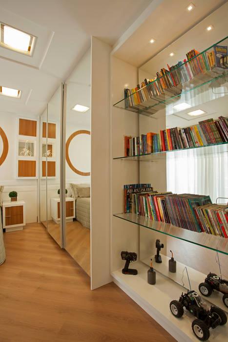 Designer de Interiores e Paisagista Iara Kílaris Moderne Schlafzimmer