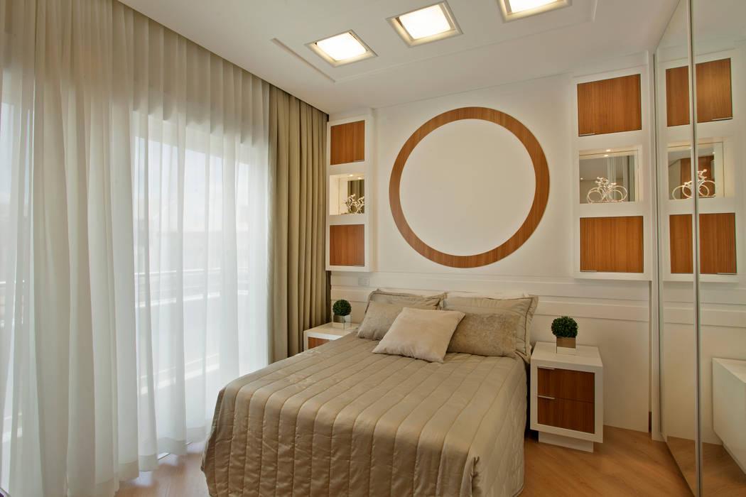 Bedroom by Designer de Interiores e Paisagista Iara Kílaris,