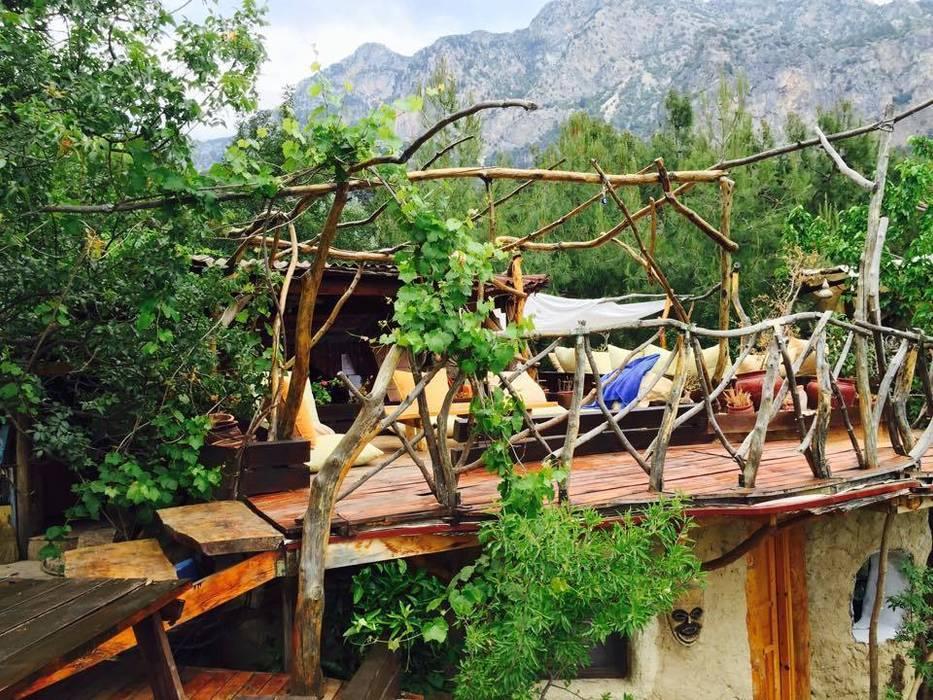 Mediterranean style balcony, veranda & terrace by badem ağacı Mediterranean