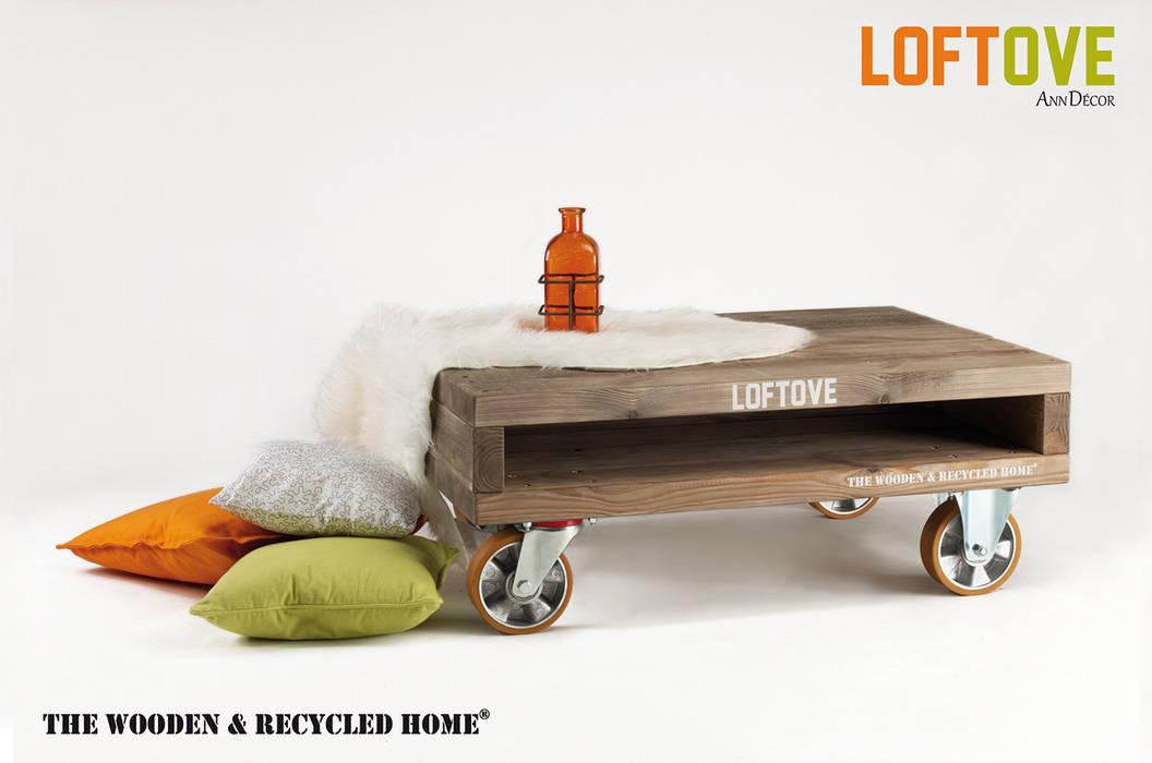 Loftove - stolik kawowy na kołach: styl , w kategorii Salon zaprojektowany przez Ann Decor - The Wooden & Recycled Home,