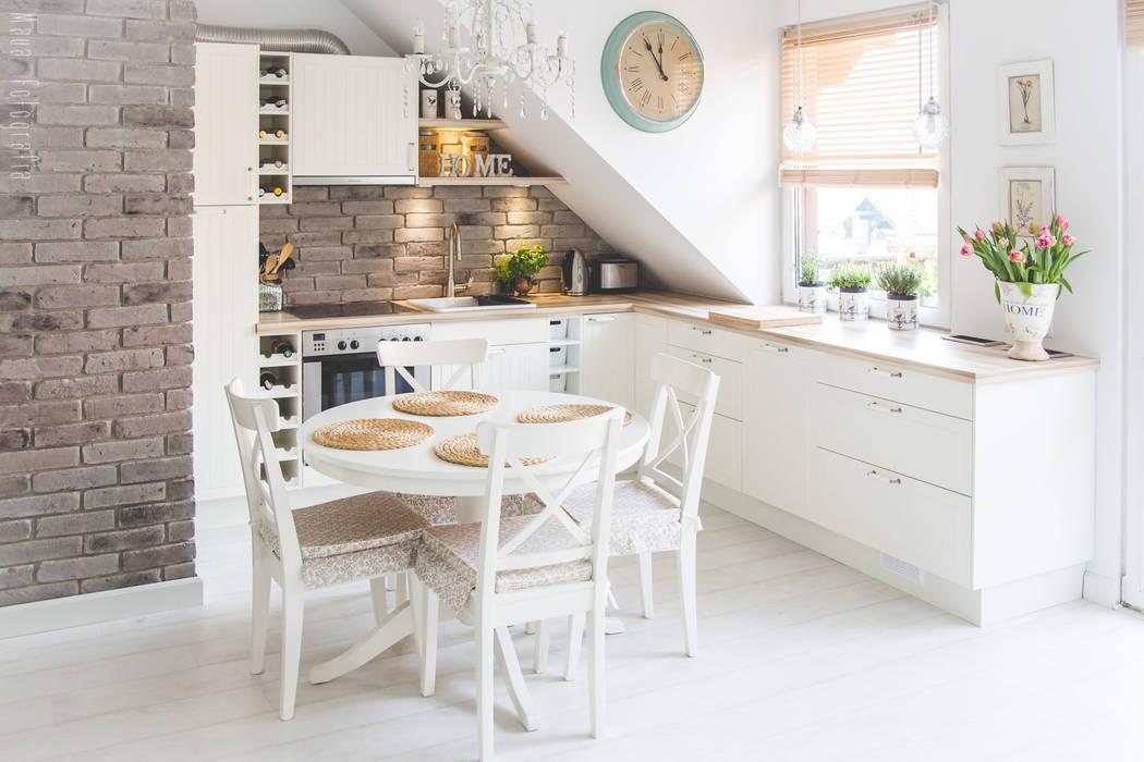 Nhà bếp phong cách Bắc Âu bởi Meblościanka Studio Bắc Âu