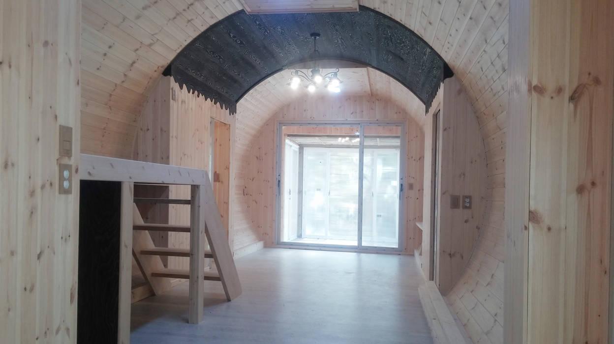 Salas de estilo moderno de Just-In House(져스틴 하우스) Moderno
