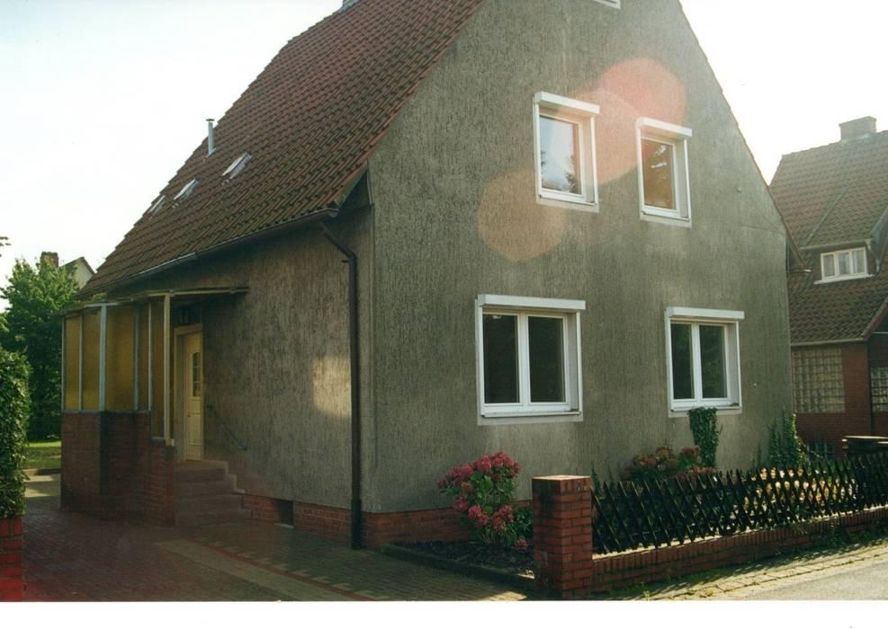 Nord/Westfassade vorher:   von Architekturbüro Heike Krampitz