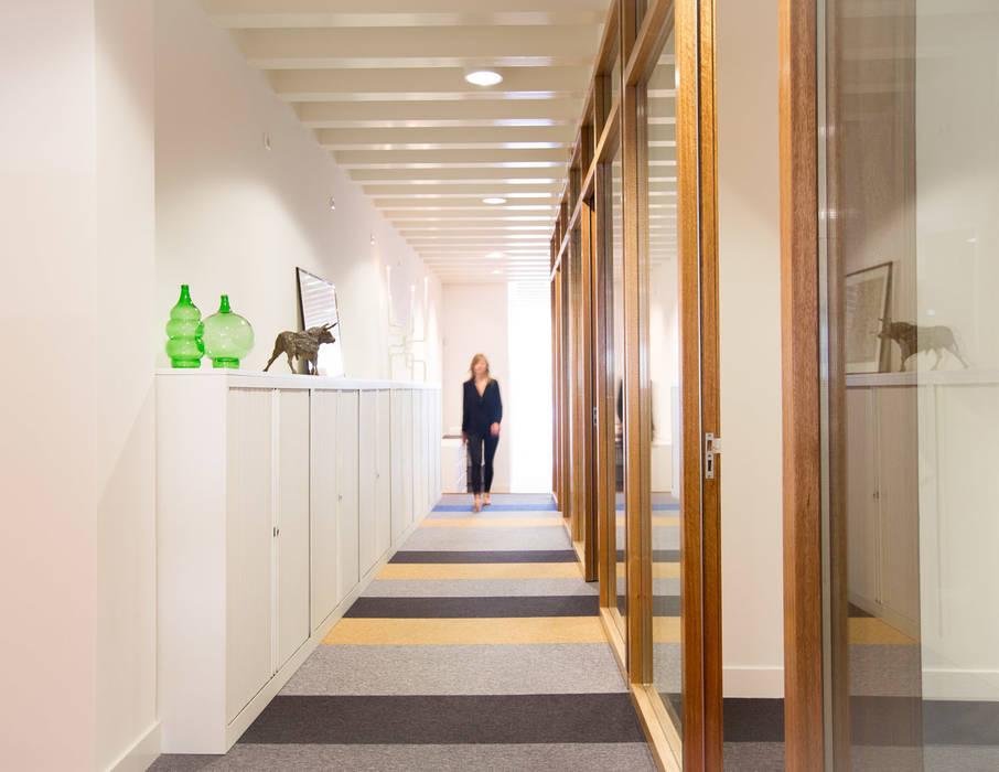 Kantoor:  Kantoorgebouwen door ontwerpplek, interieurarchitectuur