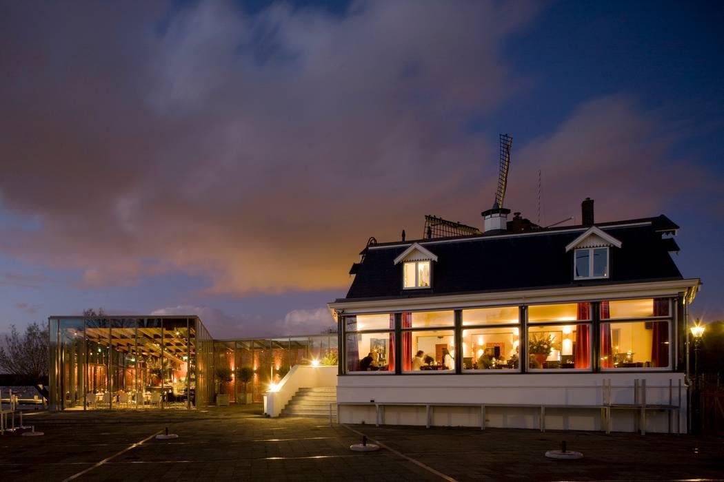 oud en nieuw:  Bars & clubs door BNB architecten