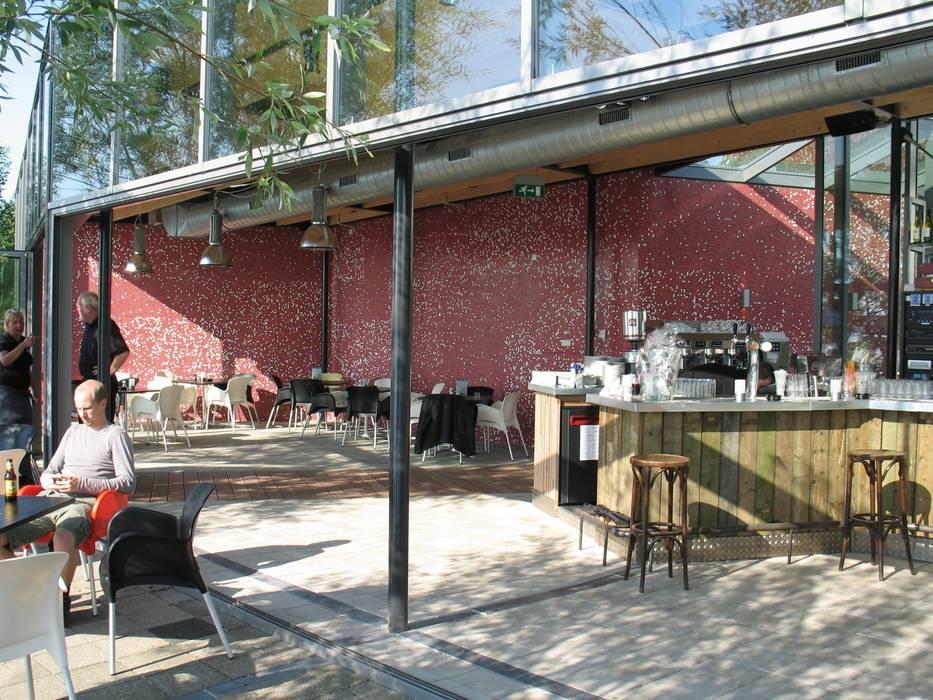 pui open:  Bars & clubs door BNB architecten, Industrieel