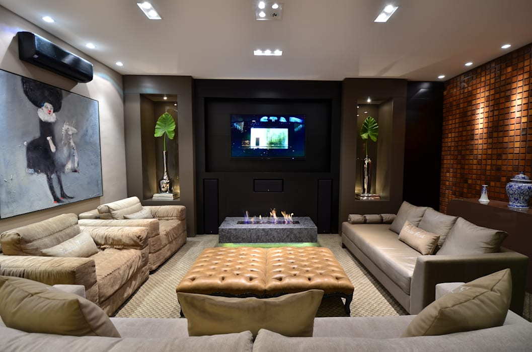 Sala de Estar Home Theater: Salas de estar  por Francisco Humberto Franck