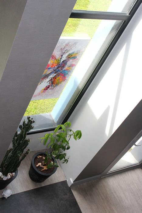 DETAIL: Salon de style de style Moderne par CTERRA - Crystelle Terrasson