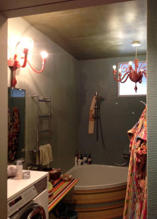 現代浴室設計點子、靈感&圖片 根據 Бюро Акимова и Топорова 現代風