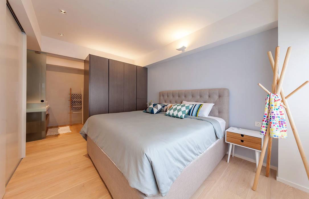 GW's RESIDENCE Minimalist bedroom by arctitudesign Minimalist