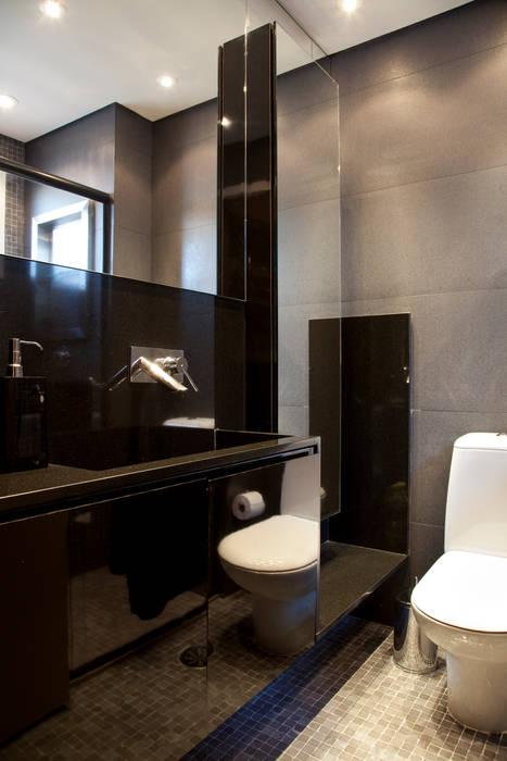 Banheiro da suíte Banheiros modernos por dsgnduo Moderno