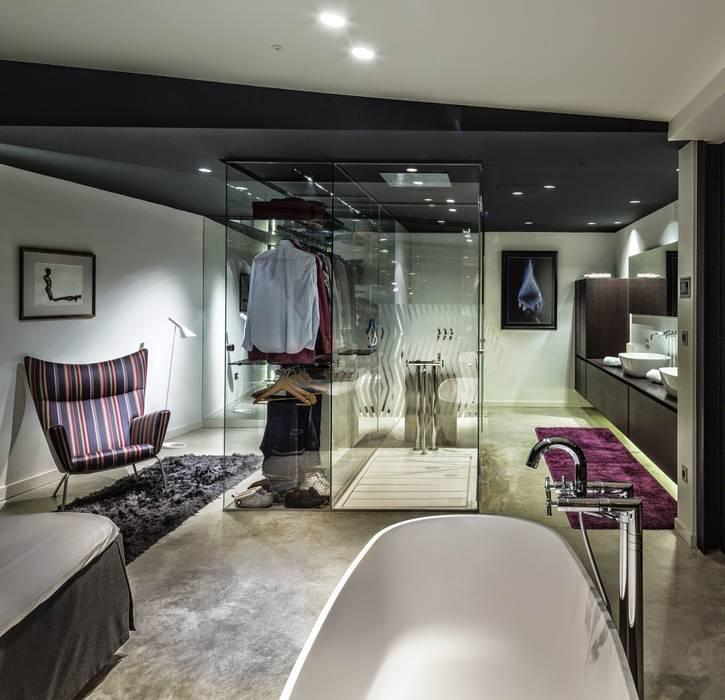 Modern Dressing Room by VelezCarrascoArquitecto VCArq Modern