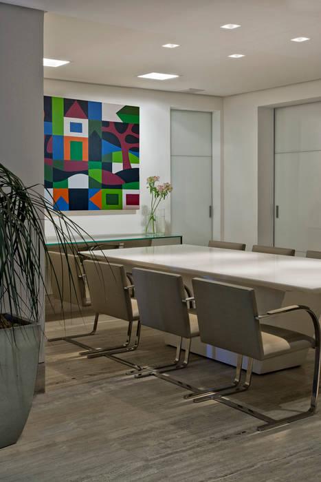 Salas de jantar  por Fernanda Sperb Arquitetura e interiores
