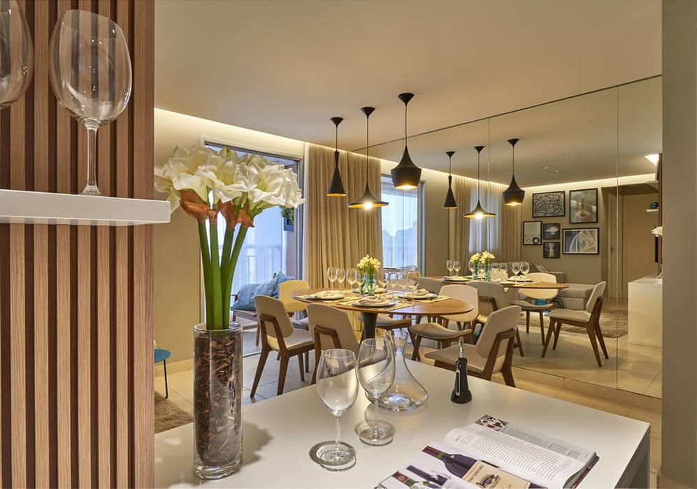 Sala de jantar com cozinha americana Salas de jantar modernas por Fernanda Sperb Arquitetura e interiores Moderno