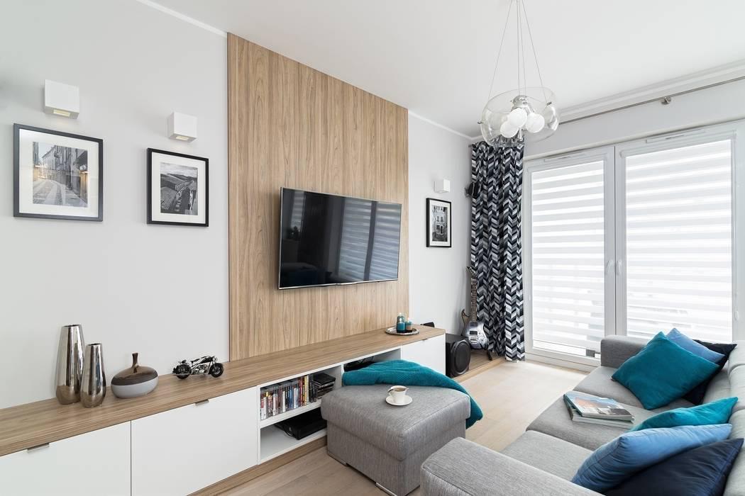 MIESZKANIE 72 M2 Minimalistyczny salon od KRAMKOWSKA PRACOWNIA WNĘTRZ Minimalistyczny