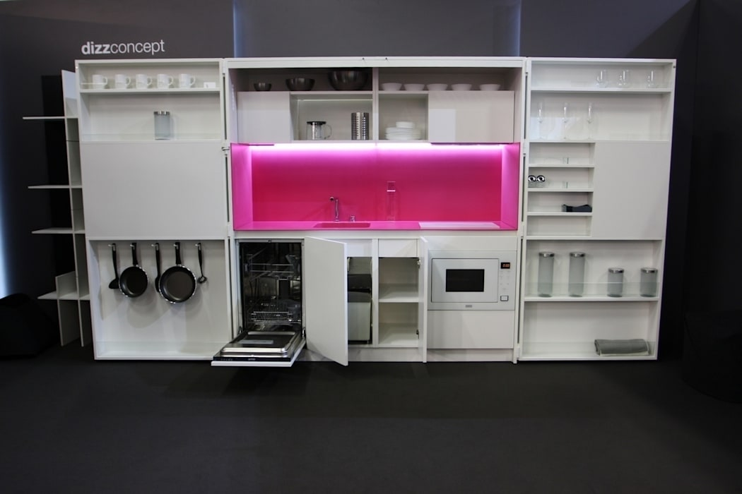 Small kitchens by Dizzconcept , Modern