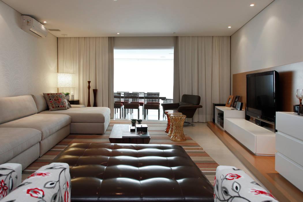 Living Salas de estar modernas por dsgnduo Moderno