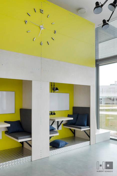 TRANSFEROWNIA - INKUBATOR TECHNOLOGICZNY BPN-T : styl , w kategorii Biurowce zaprojektowany przez Hubert Dziedzic Architektura Wnętrz,