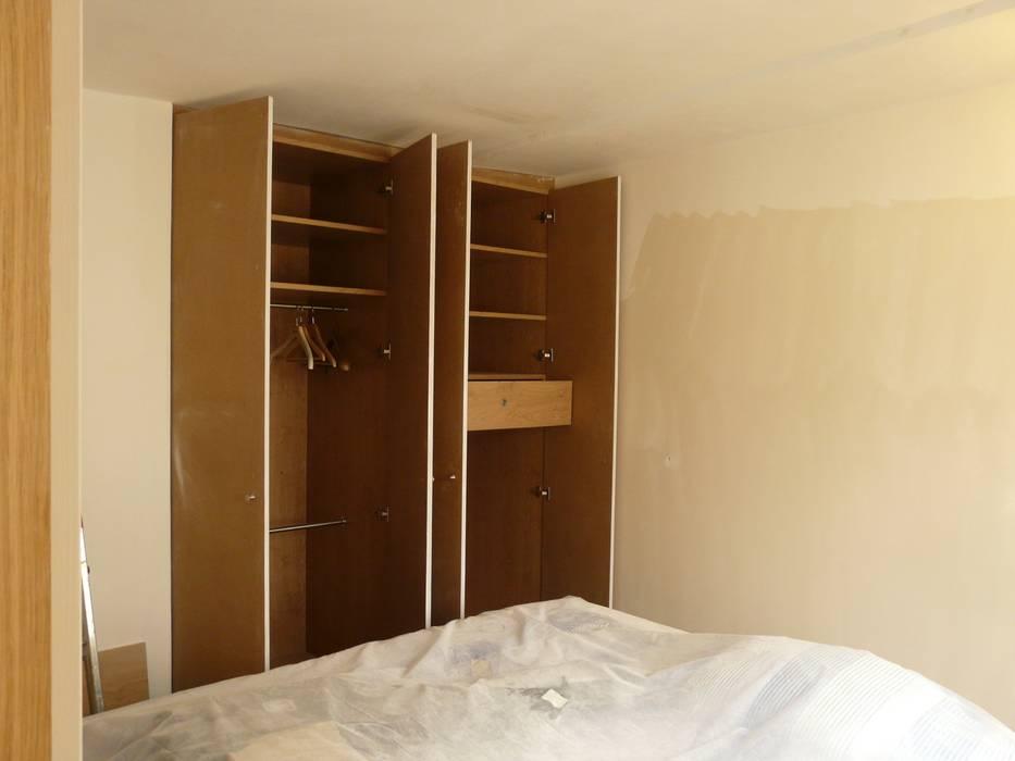 Appartement Pastourelle - Chambre pendant le chantier: Chambre de style de style Moderne par * aurelie.rubin-chabrier . architecture . architecture intérieure .