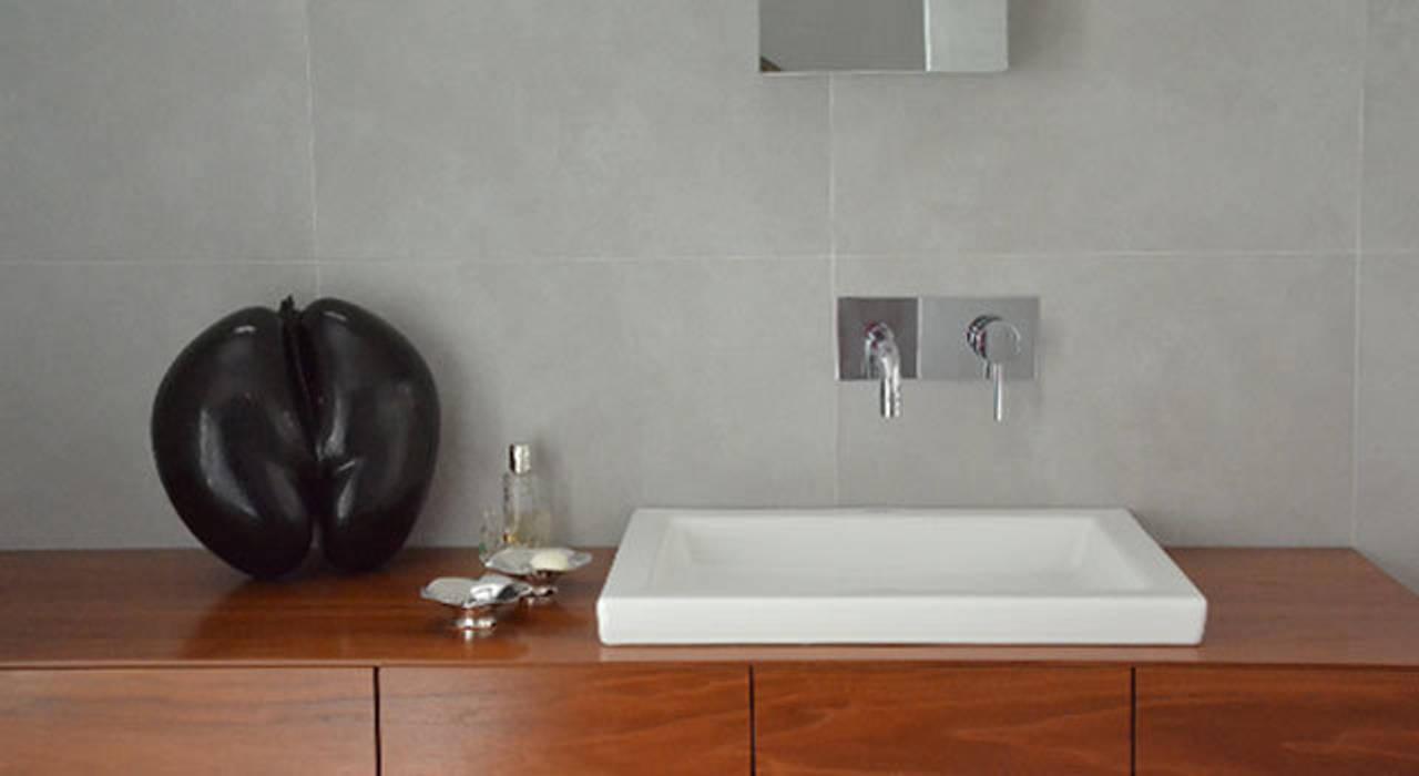 Salle de bain - Maison Paris 15e: Salle de bains de style  par A comme Archi