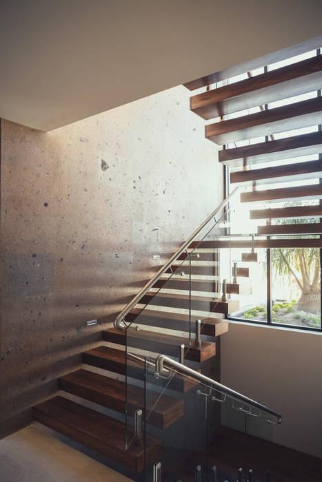 Residencia R53: Pasillos y recibidores de estilo  por Imativa Arquitectos
