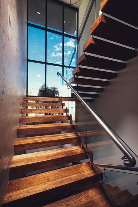 Residencia R53 Pasillos, vestíbulos y escaleras modernos de Imativa Arquitectos Moderno