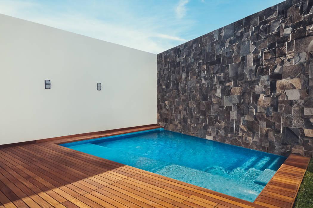 Residencia R53: Albercas de estilo  por Imativa Arquitectos
