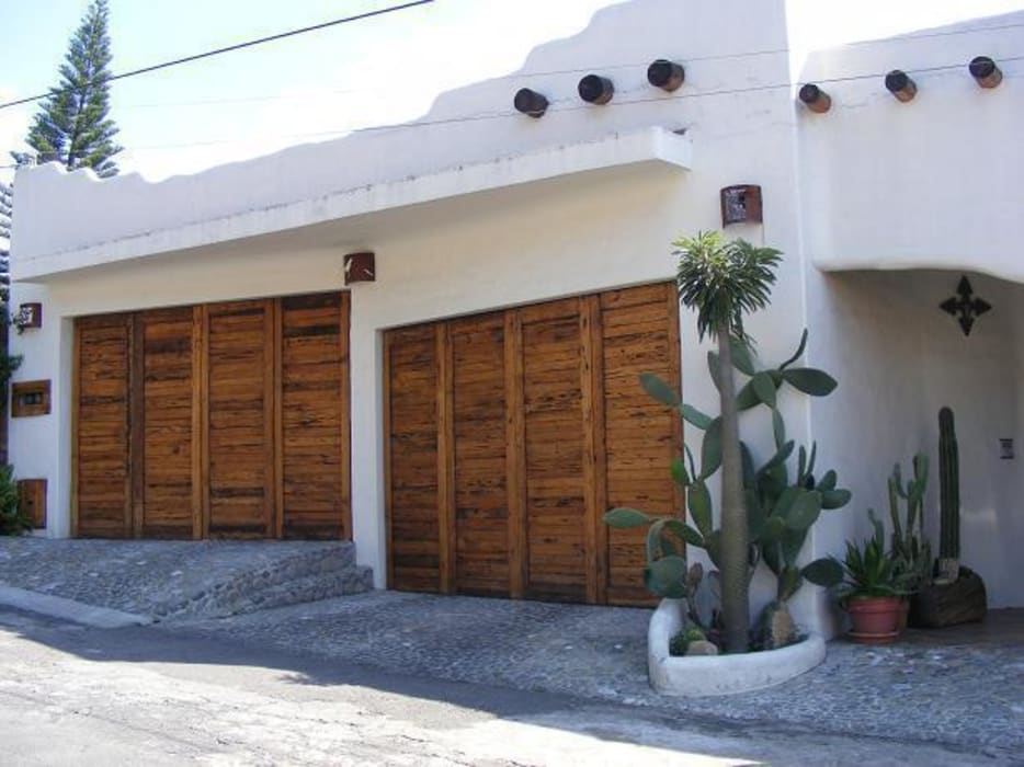 Cochera doble Casas mediterráneas de Cenquizqui Mediterráneo